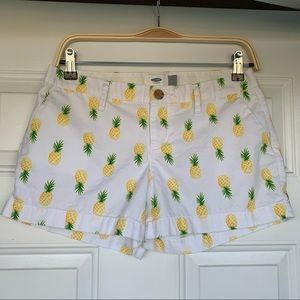 •Old Navy• Pineapple Design CottonShorts - Size 2